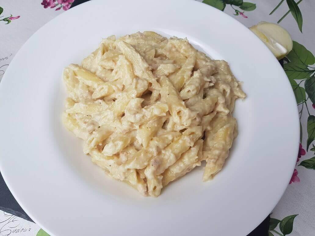 Pasta con Tonno e Besciamella