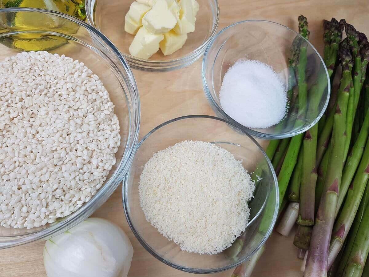 Ingredienti Risotto con gli Asparagi