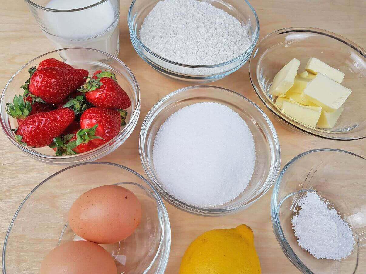 Ingredienti per torta alle fragole