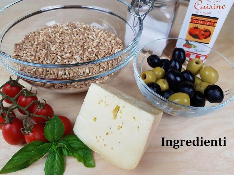 Ingredienti per insalata di farro