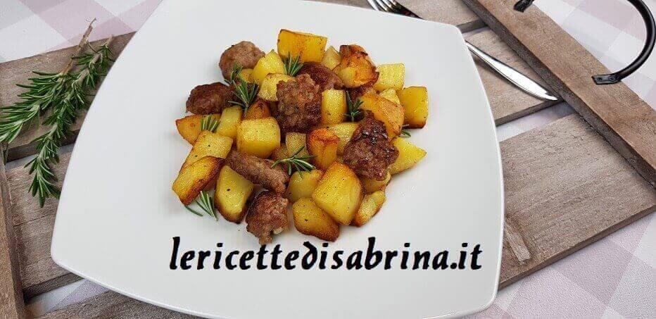 Ricetta Patate e Salsiccia In Padella