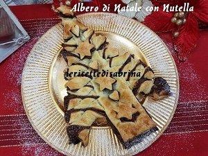 Albero di Natale Di Pasta Sfoglia con Nutella